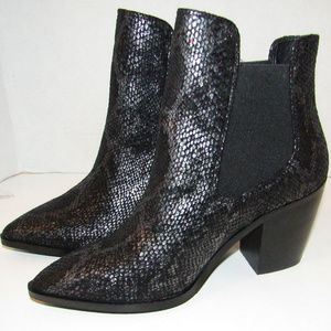NWOT Chinese Laundry Women's Black Boots